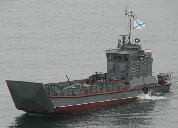 Фотография десантного катера Акула