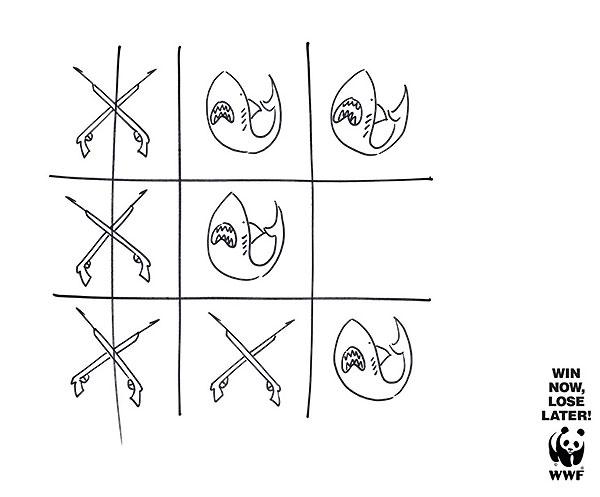 Крестики нолики - постер WWF
