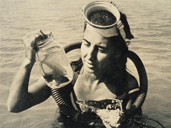 Фото: Юджиния Кларк - молодой биолог ихтиолог