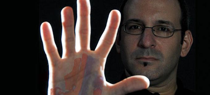 Фото: ученый Мартин Кон и гены конечностей