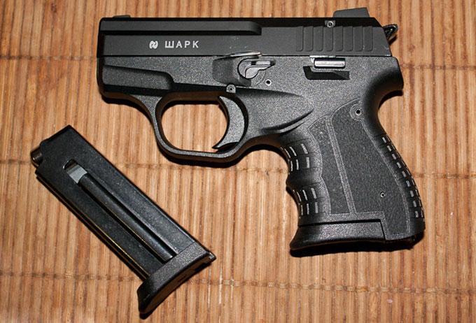 Фотография травматического пистолета Шарк