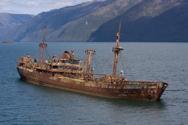 Пропавший корабль в Бермудском треугольнике